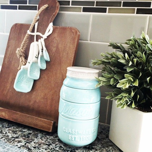 I've been eyeing these @worldmarket #masonjar #measuringcup & #measuringspoon set for a year now.... Finally snagged them. ☺️ #worldmarket #thelittlethings