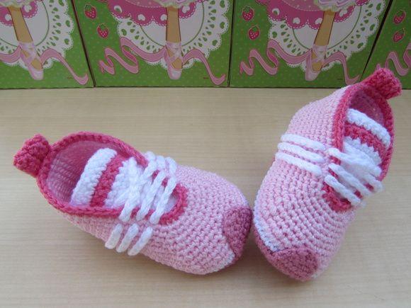 3970873a5 Tênis Adidas Sabrina Chaussures En Crochet Pour Bébés
