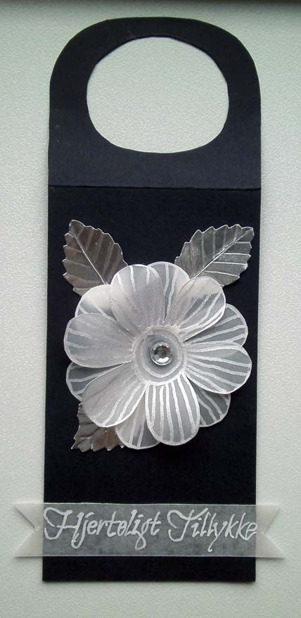 wine bottle tag with vellum flower and silver leaves - dark blue and white velllum flower silver leaves birch punch - JKE
