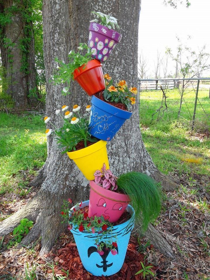 My Version Of The Topsy Turvy Flower Pot Stand All You Need Is A 6