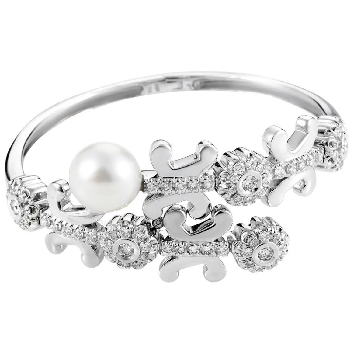 Korloff Pearl Diamond Gold Bangle Bracelet | Pearl diamond, Gold ...