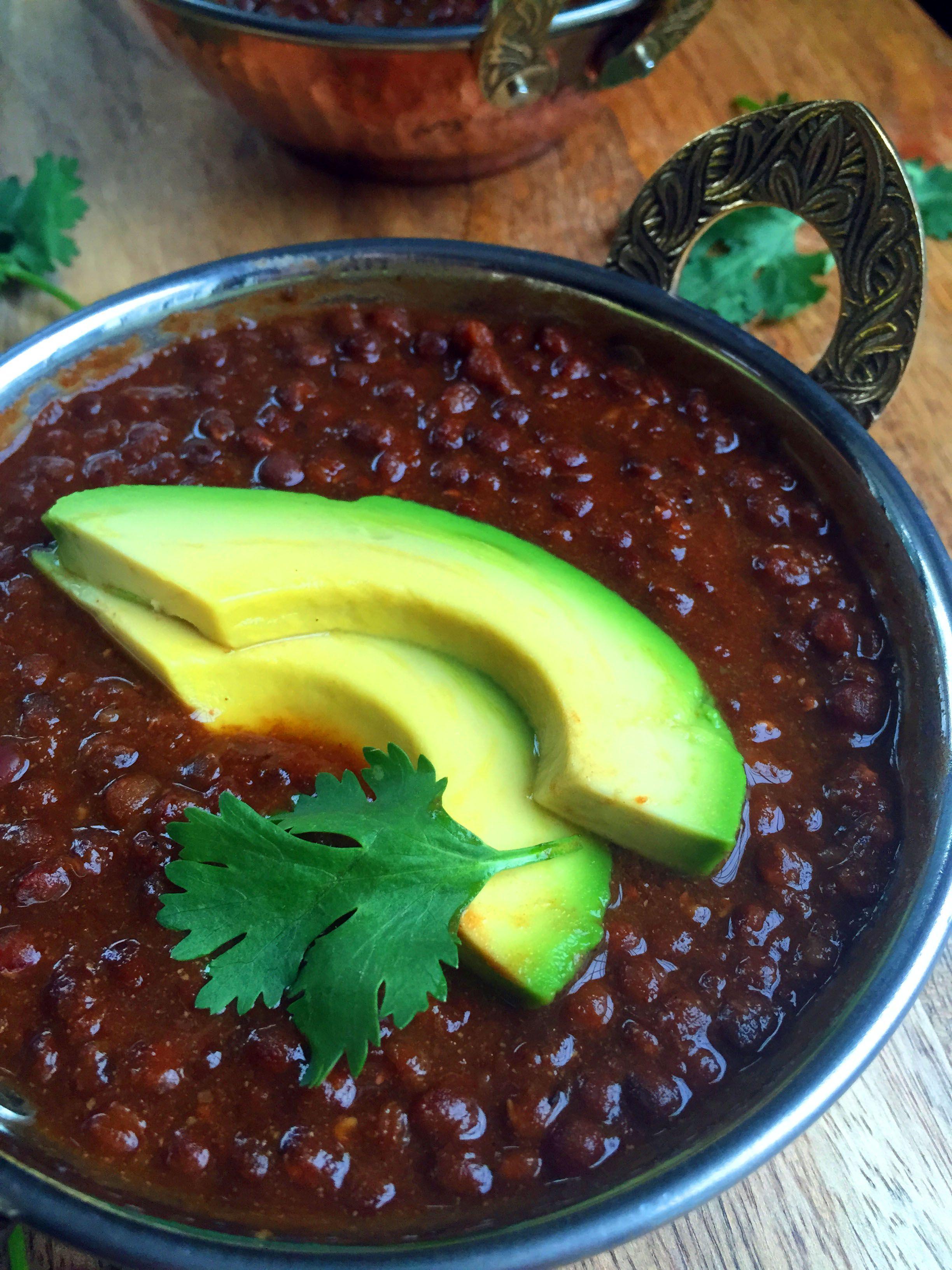 Spicy Vegan Dal Makhani Beluga Or Black Lentils For The Slow Cooker Indian Beans Recipe Recipes Beluga Lentils Recipe