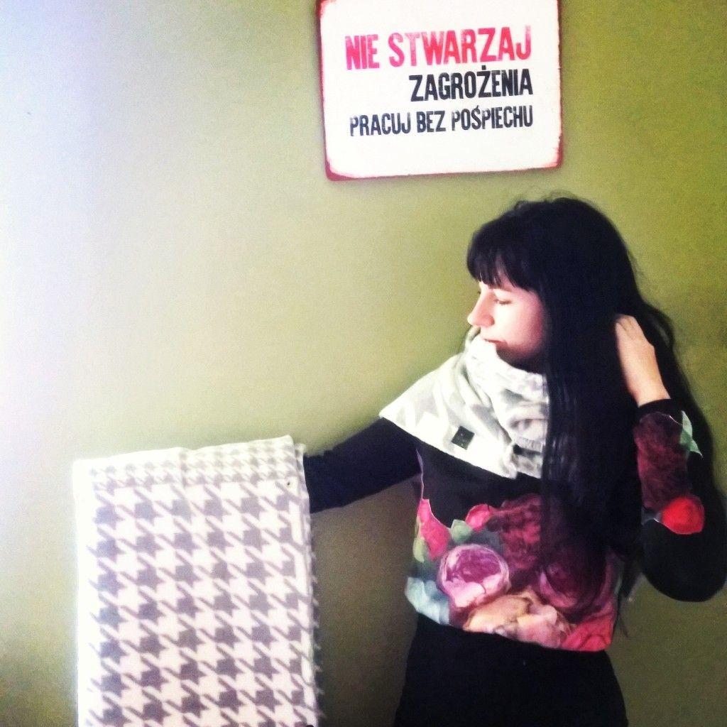 Nie stwarzaj zagrożenia, pracuj bez pośpiechu #iziszal #szal #coat #shawl #blanket #iziartwear www.iziartwear.com
