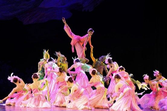"""The China Jinling Dance Company's production of """"The Peony Pavilion,"""" at Lincoln Center this weekend, only skimmed the surface of this 1598 opera."""