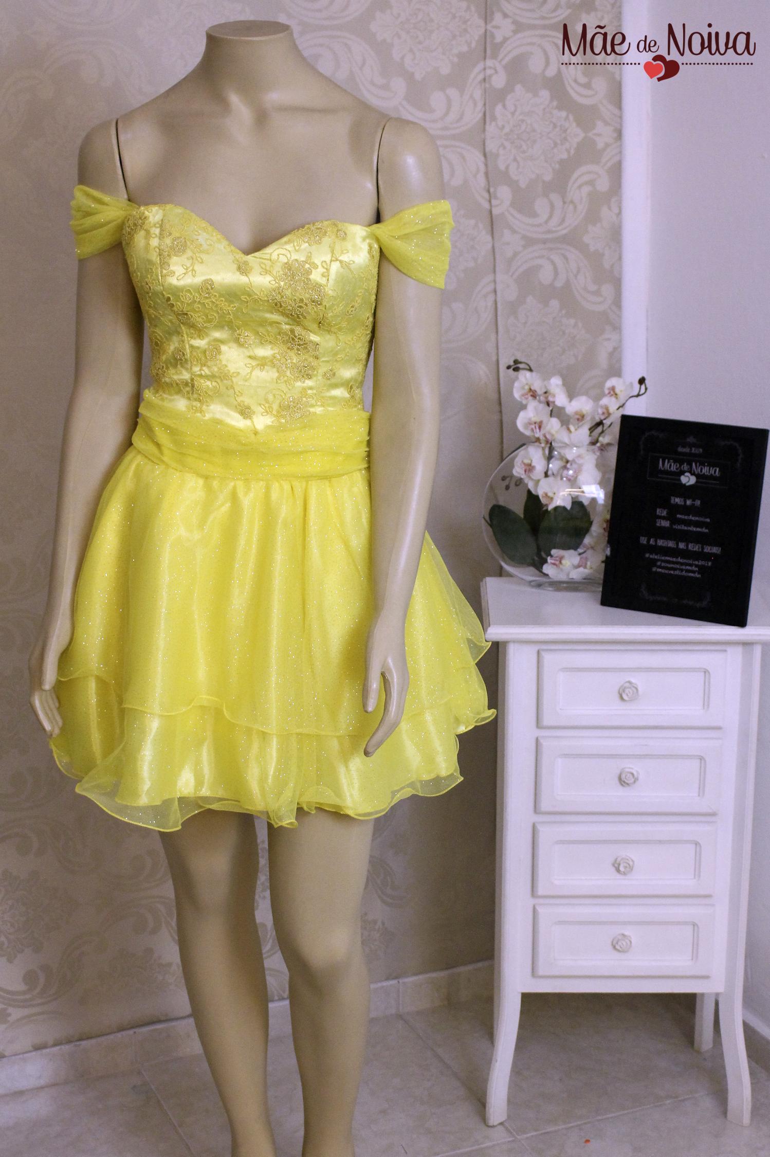 186410125 Modelo Lívia - vestido de debutante tomara que caia, debutantes, festa de  quinze anos, vestido armado, vestido de princesa,…