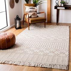 Safavieh Handmade Natura Chiang Wool Fringe Rug