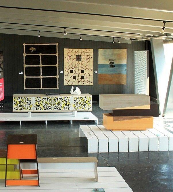Moderner Holz Schrank für schicke Wohnzimmer Einrichtung - schrank für wohnzimmer