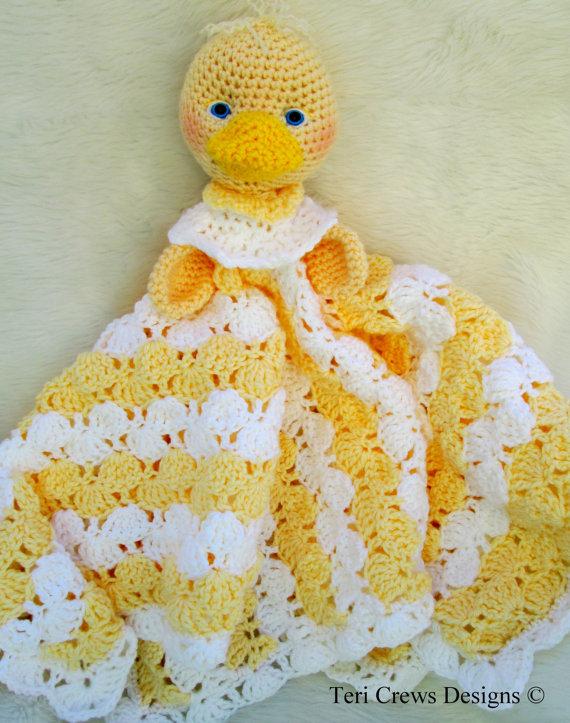 Crochet Pattern Duck Huggy Blanket by Teri Crews by WoolandWhims, $4.95