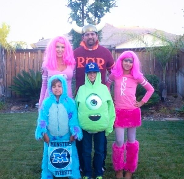 family monsters university sully mike cheerleader - Sully Halloween Costumes Monsters Inc