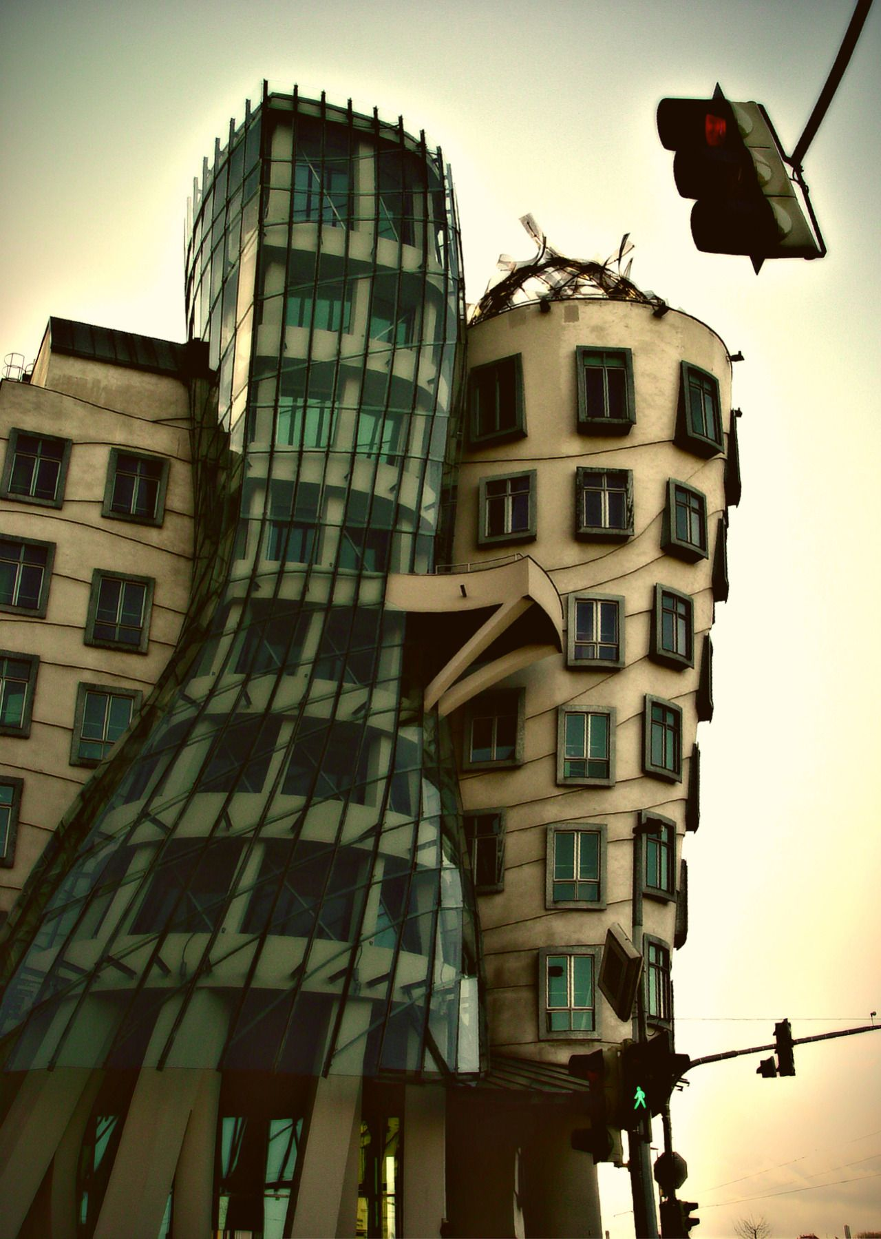 ybb55:   dancing House Vlad Sidorak - Out the Front Window