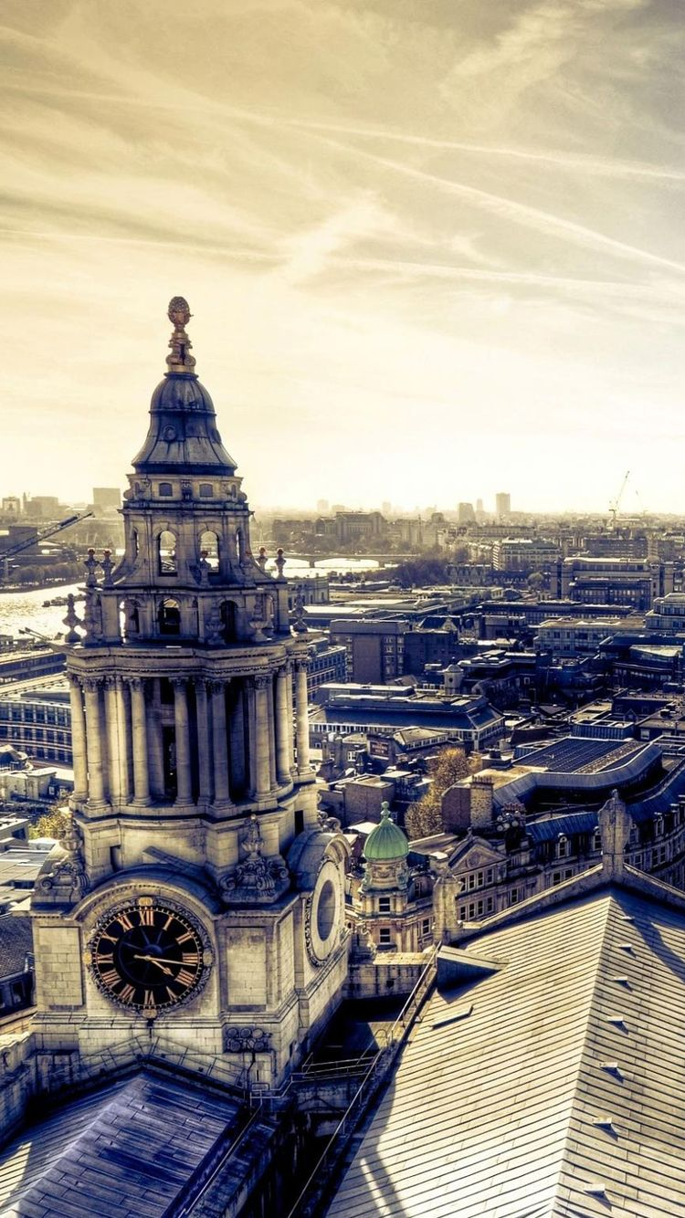 Big London Clock - Tap to see more amazing landscapes