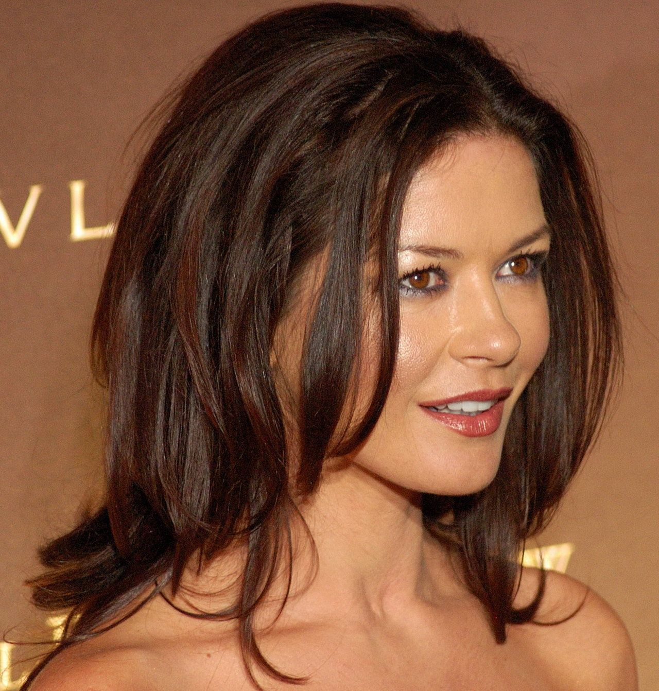 Catherine zeta jones eyes authoritative