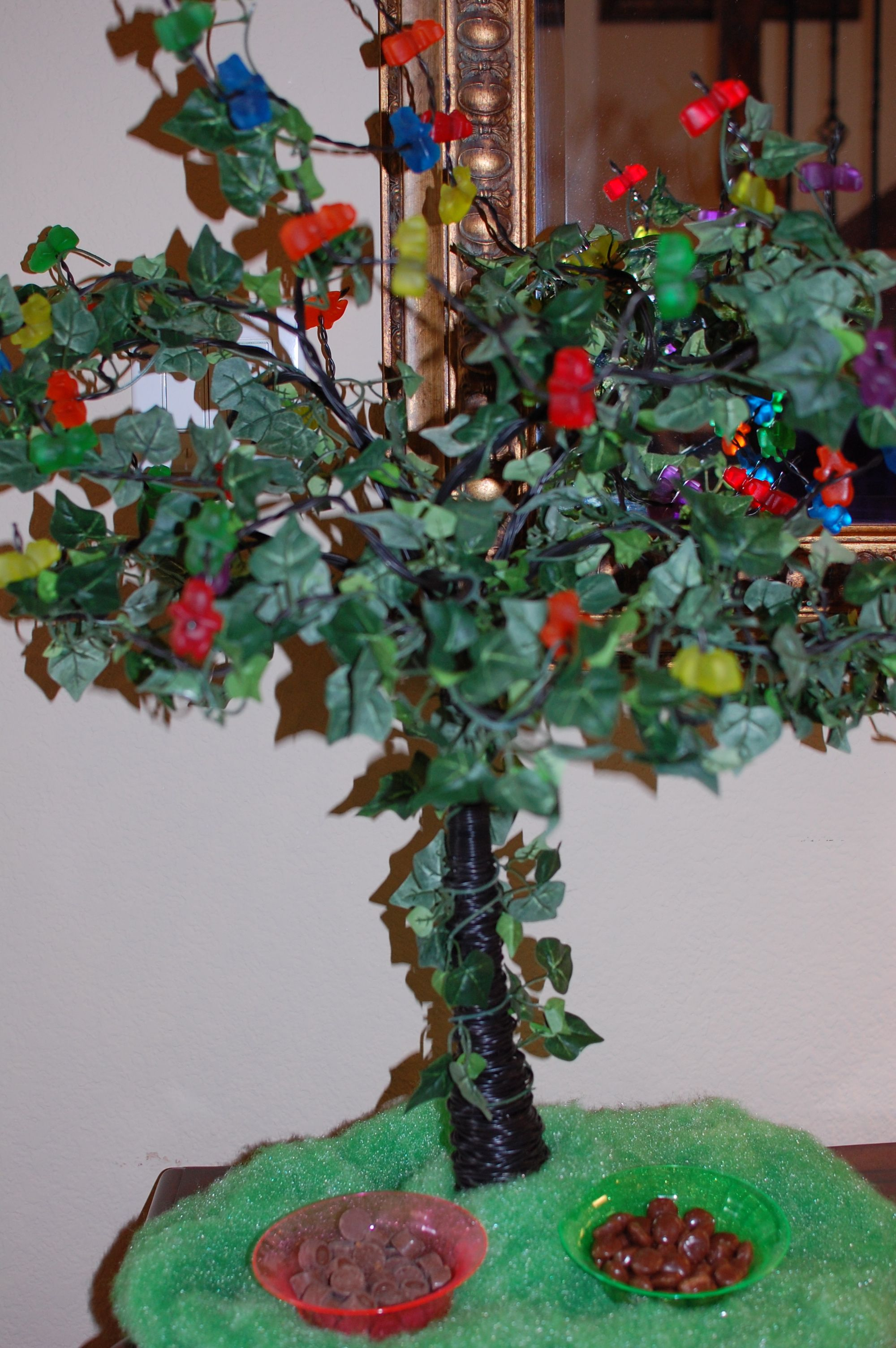 Gummy bear tree for wonka party was a wire tree purchased in gummy bear tree for wonka party was a wire tree purchased in canton just added the leaves and large gummy bears to make it look like one from the movie arubaitofo Image collections