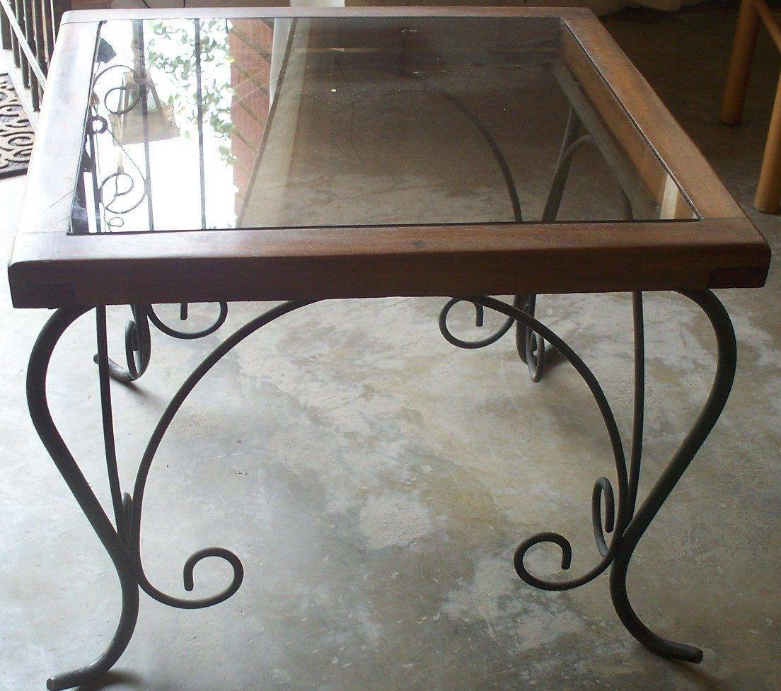 Hermosa mesa de hierro forjado con madera y vidrio 22040 for Mesa de madera con vidrio