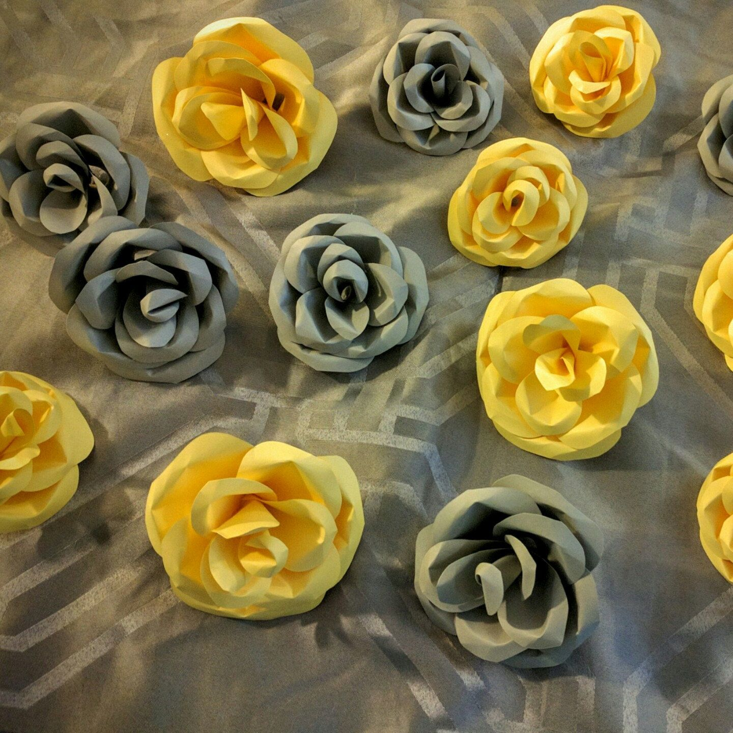 Creating More Colors For Paper Flowers Paper Flowers Pinterest
