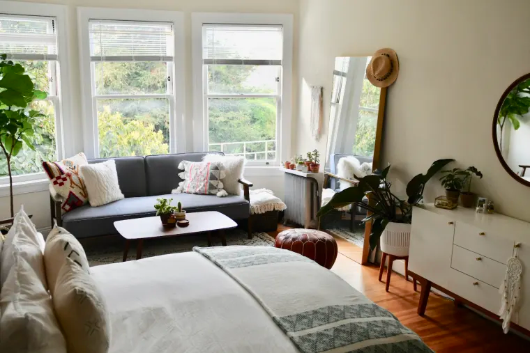 A First-Time-Living-Solo San Franciscan Found the Perfect Small, Soothing Home -   15 room decor Simple apartment therapy ideas
