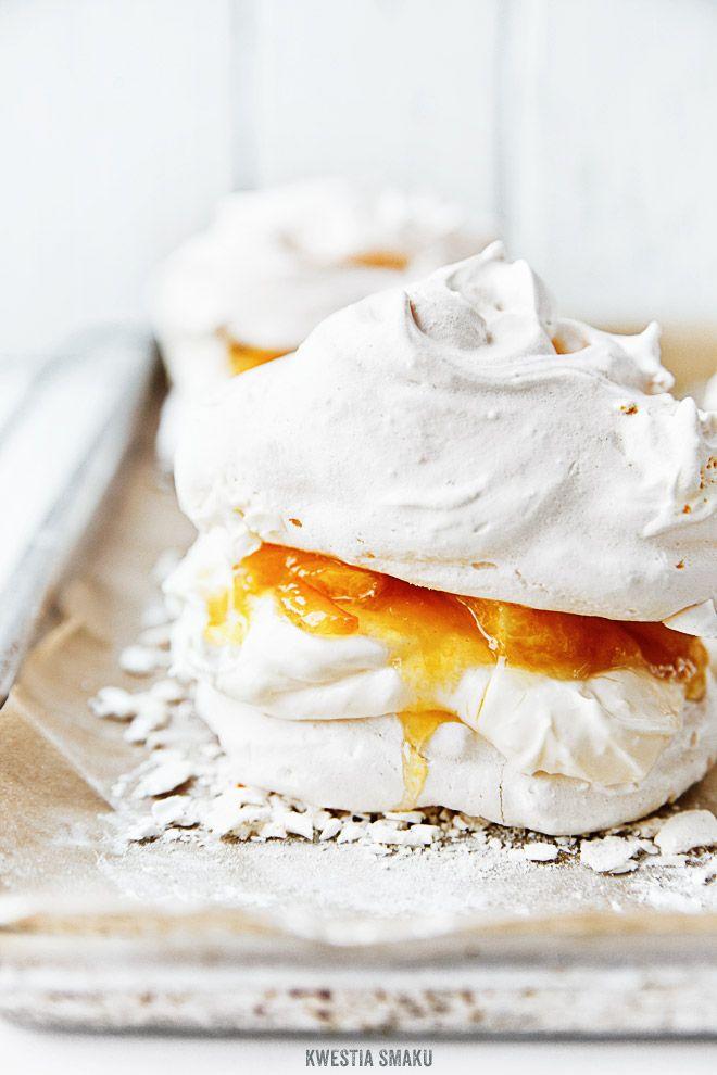 mini orange and cream pavlovas