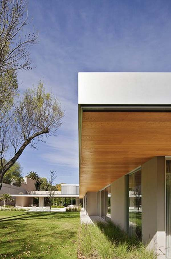 l shaped residence in mexico showcasing bright interior spaces l rh pinterest com