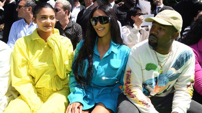 Kim Kardashian Says Kanye Is Harassing Her For Seven Kids Kim Kardashian Kim Kardashian And Kanye Kylie Jenner