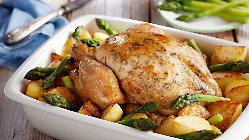 Pieczony Kurczak Z Ziemniakami I Szparagami Przepis Recipe Poultry Recipes Food And Drink Food