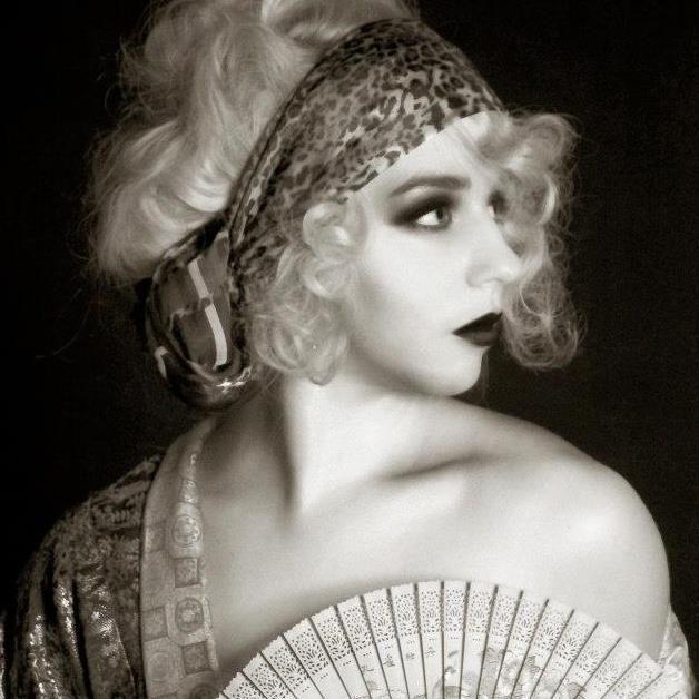 Photo shoot ideas, black and white 1920s/1930s art deco