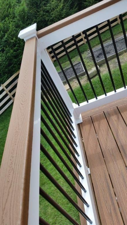 40 Best Railing Spindles And Newel Posts For Stairs: Trex Over The Top Rail