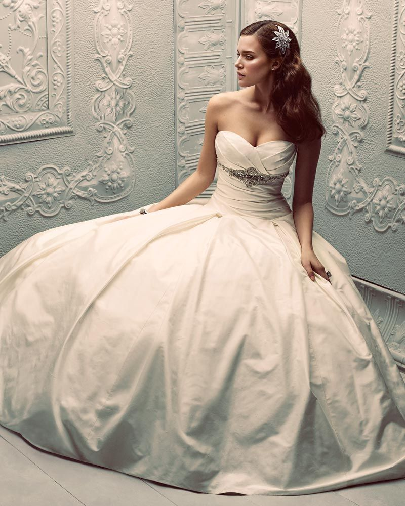 Real Brides Paloma Blanca: Paloma BlancaClassics Collection – Style 4203