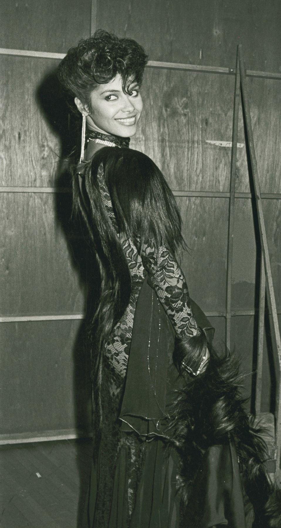 Yesgalak  Vanity SingerVanity Nice Shot With The Congo Fur Denise Matthews Pinterest
