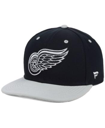 new product 172e1 73100 Authentic Nhl Headwear Detroit Red Wings Blackout Emblem Snapback Cap -  Black Silver Adjustable
