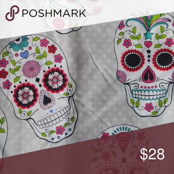 BETSEY JOHNSON Sugar Skull Shower Curtain BRAND NEW WITH TAGS Decorate Your Bathroom In Style
