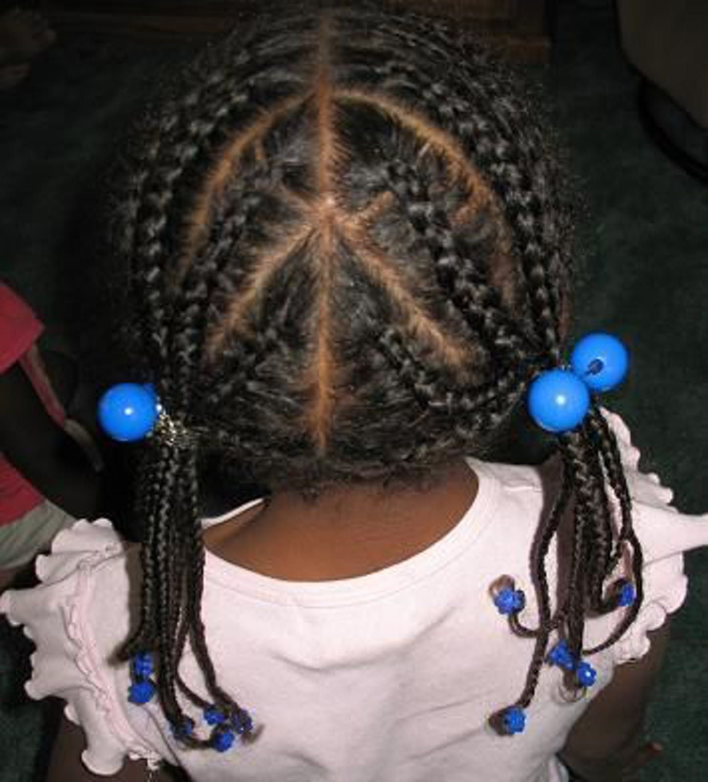 coiffure enfant tresse fleur cheveux coiffure enfant