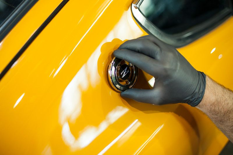 Attention to detail – 1972 Bahama Yellow Datsun 240z