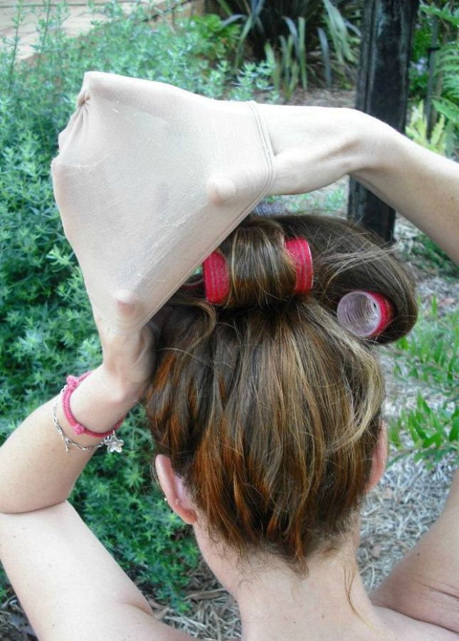 10 Ways To Wake Up With Lovely Locks Damp Hair Styles Cool