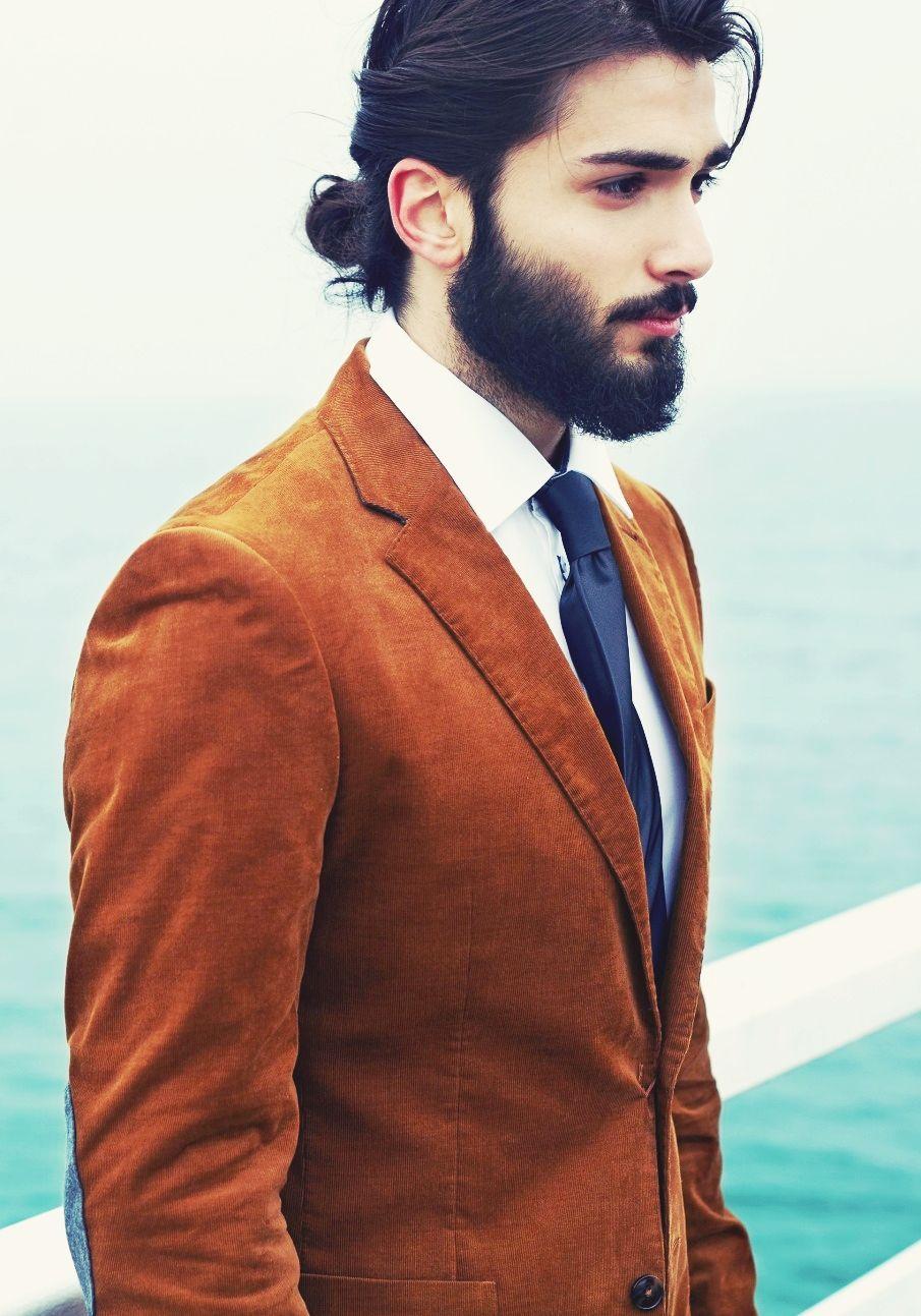 Love The Length Of The Beard And Low Bun Long Hair Styles Men Man Bun Hairstyles Beard Styles