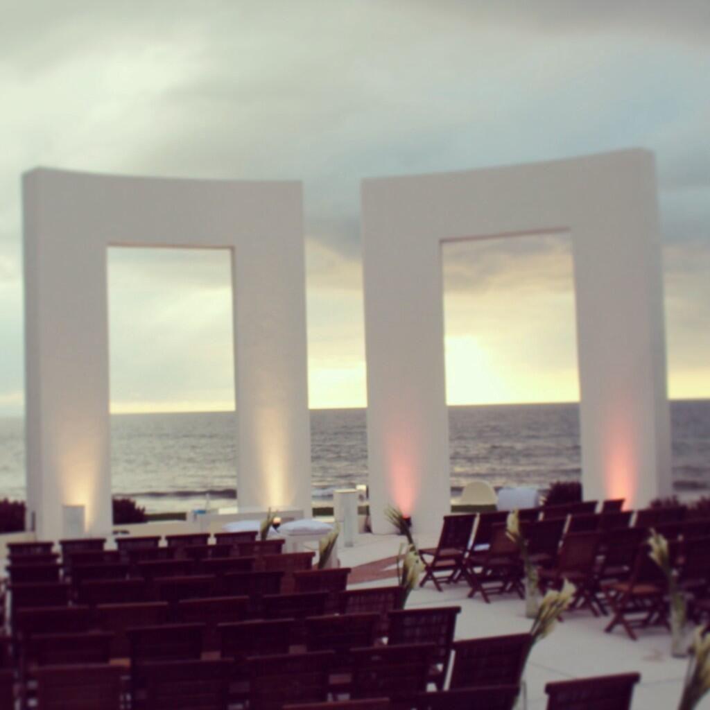 Sunset Beach Wedding Ideas: #GrandVelas #WeddingDecorations #WeddingsIdeas Beautiful
