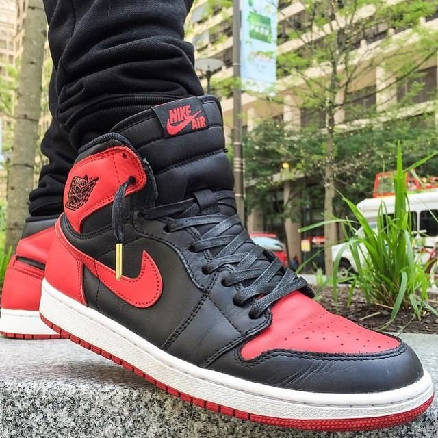5fc89734f5bc30 Laced Up premium black waxed laces x Jordan Bred 1