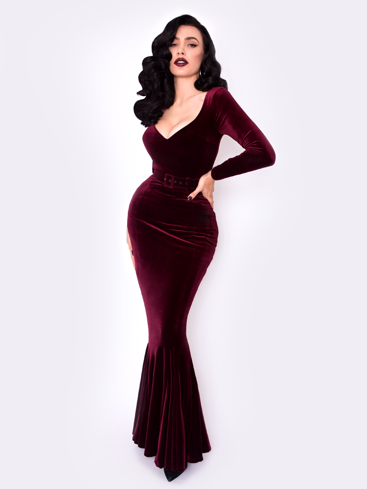 FINAL SALE – Black Marilyn Gown in Oxblood Velvet