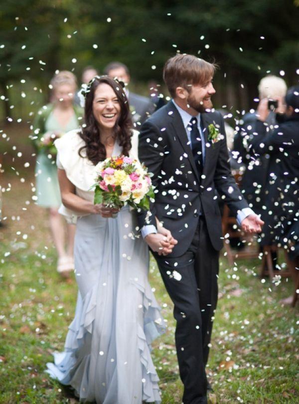 Romantic Wisconsin Wedding Wedding Photos Wedding Confetti Wedding
