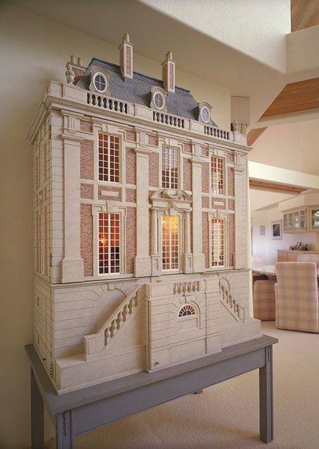 Chateau Margaux, Louis XIV style dollhouse: built by Larry Osborn and Jon Fish of Good Foundations