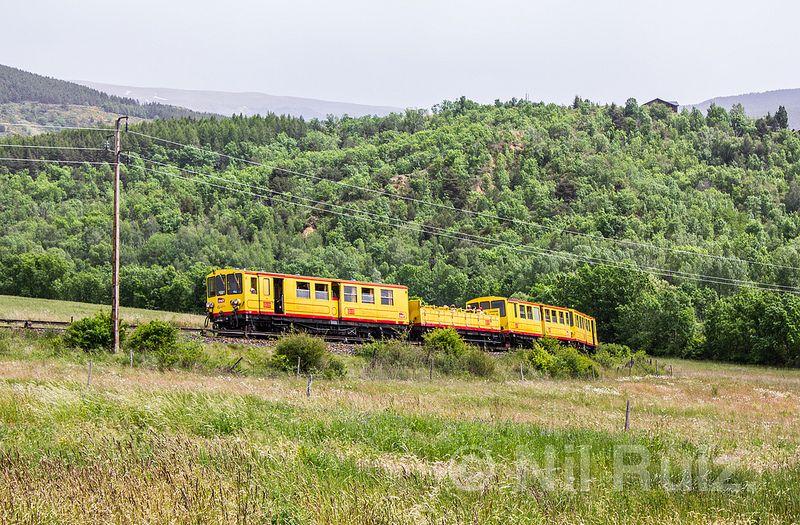 Train Jaune vers Villefranche. [Explorer 10-06-14]