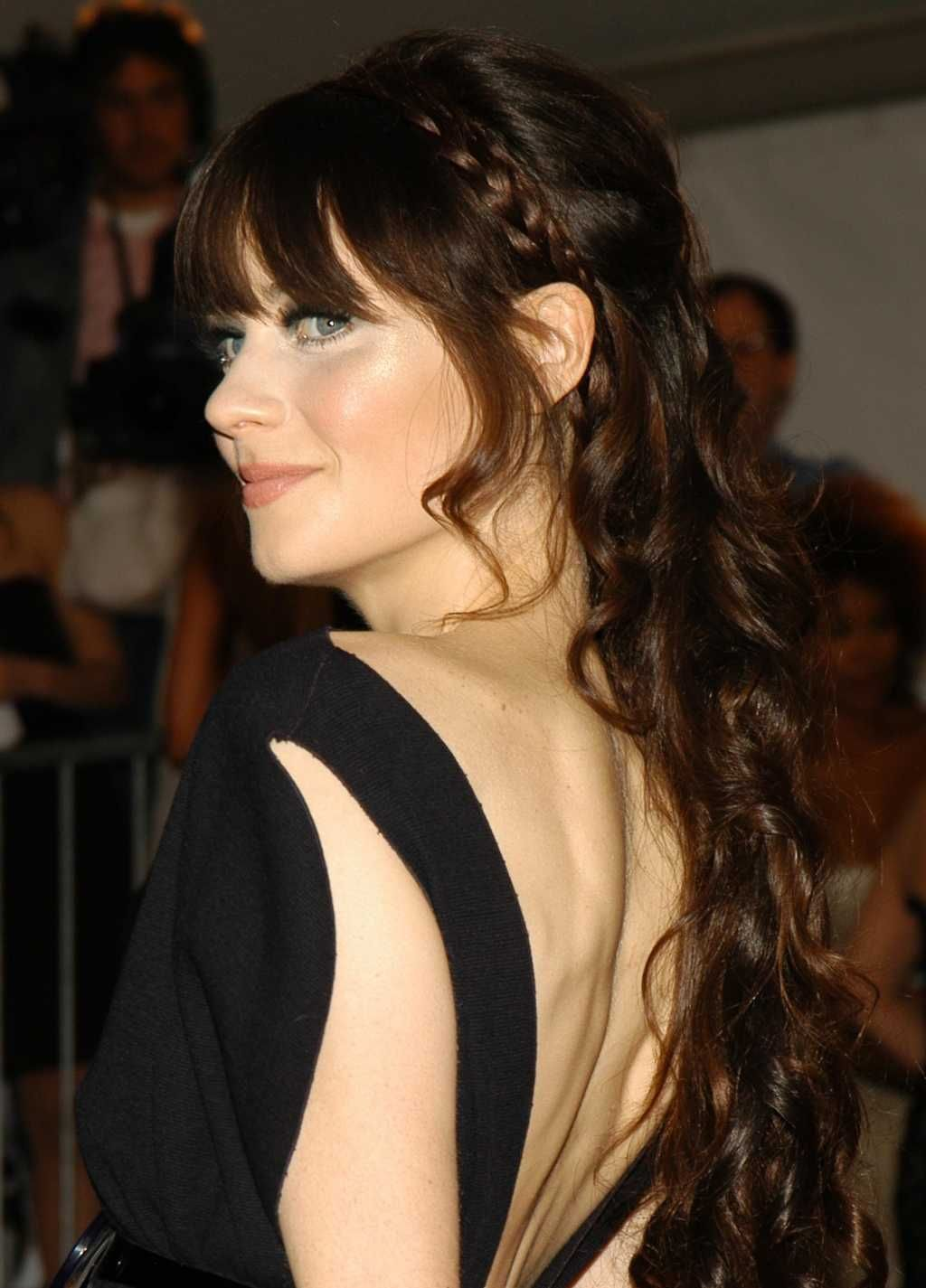 Beautiful hairstyle matching to a dress with cutout back onelady