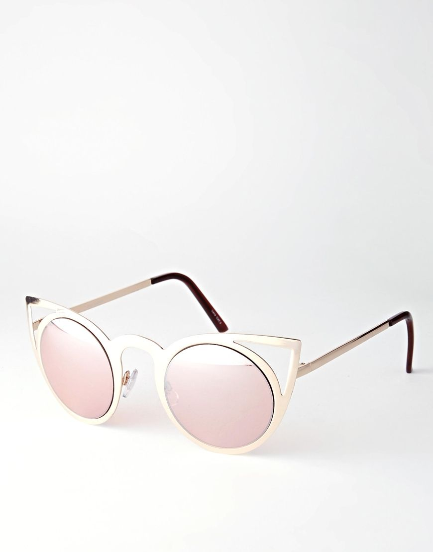 Cat eye cuties with tinted lens :