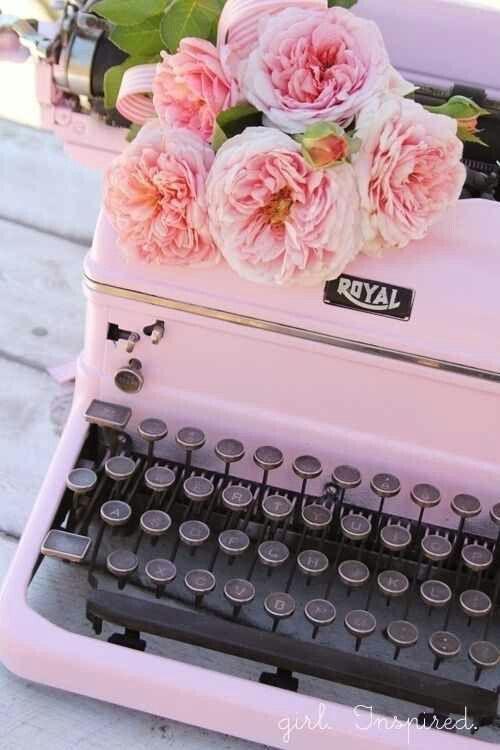 #oldfashion #typewriter.... pink touch