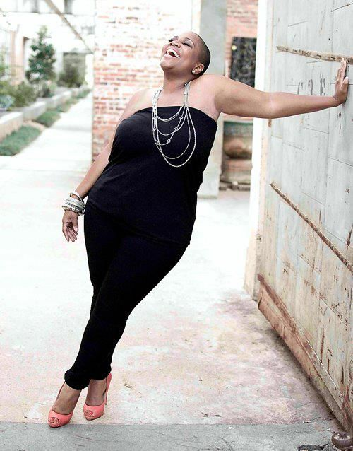 www.bigcurvylove.com Big beautiful curvy real women, real sizes with curves, accept your body sizes, love yourself no guilt, plus size, body conscientiousness fashion,Fragyl Mari embraces you!
