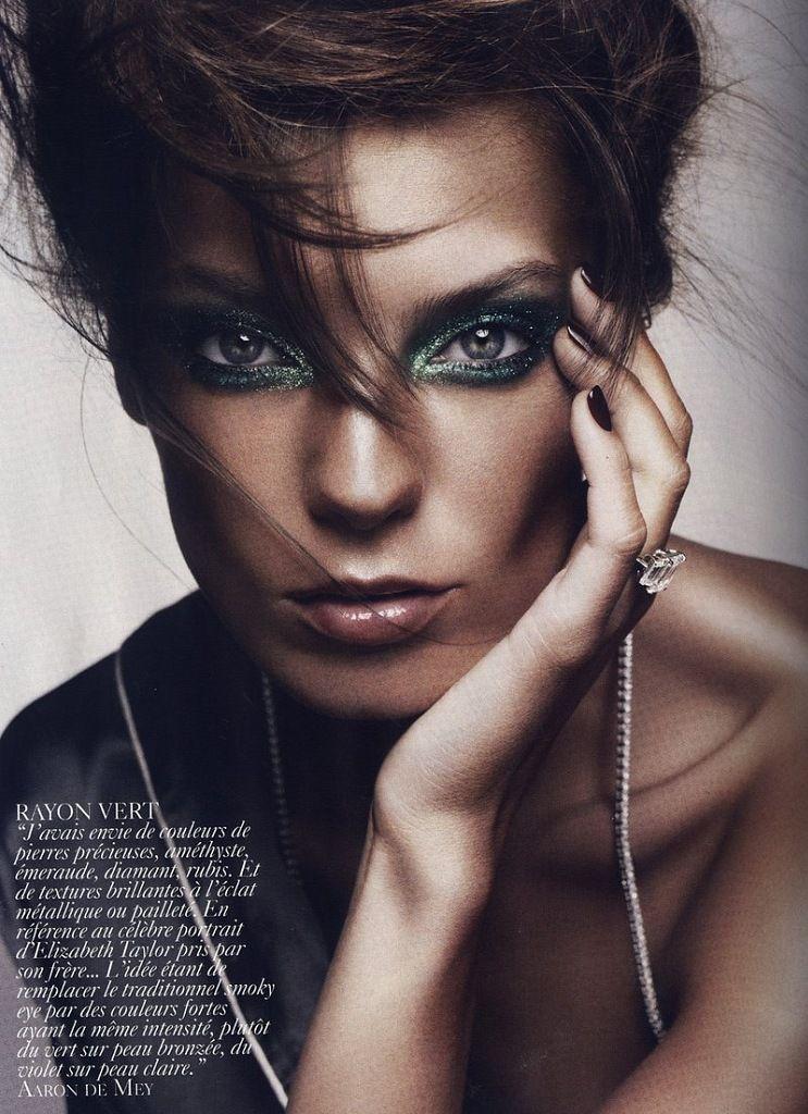 by Aaron De Mey Glamorous makeup, Vogue makeup, Beauty shoot