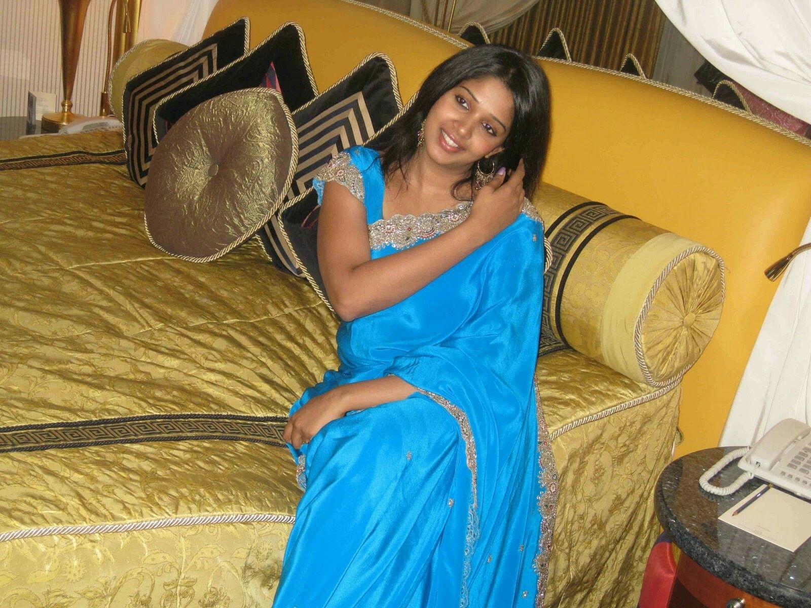 Mumbai housewife number- India Aunties meeting club