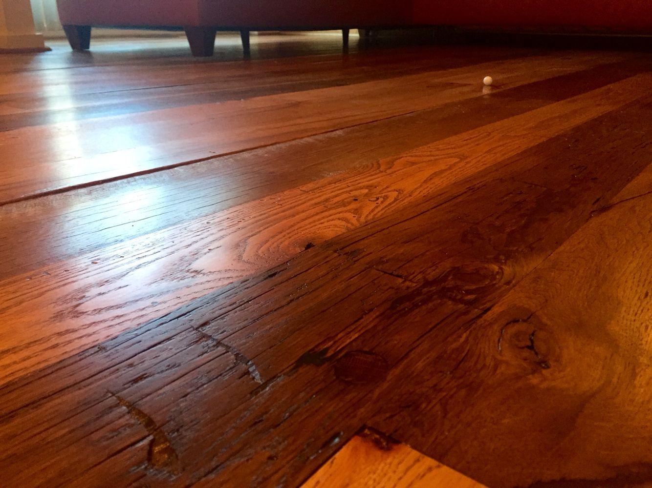 Floor Refinishing Reclaimed White And Red Oak Mix Finished With Bona Dts Sealer And 2coats Of Bona