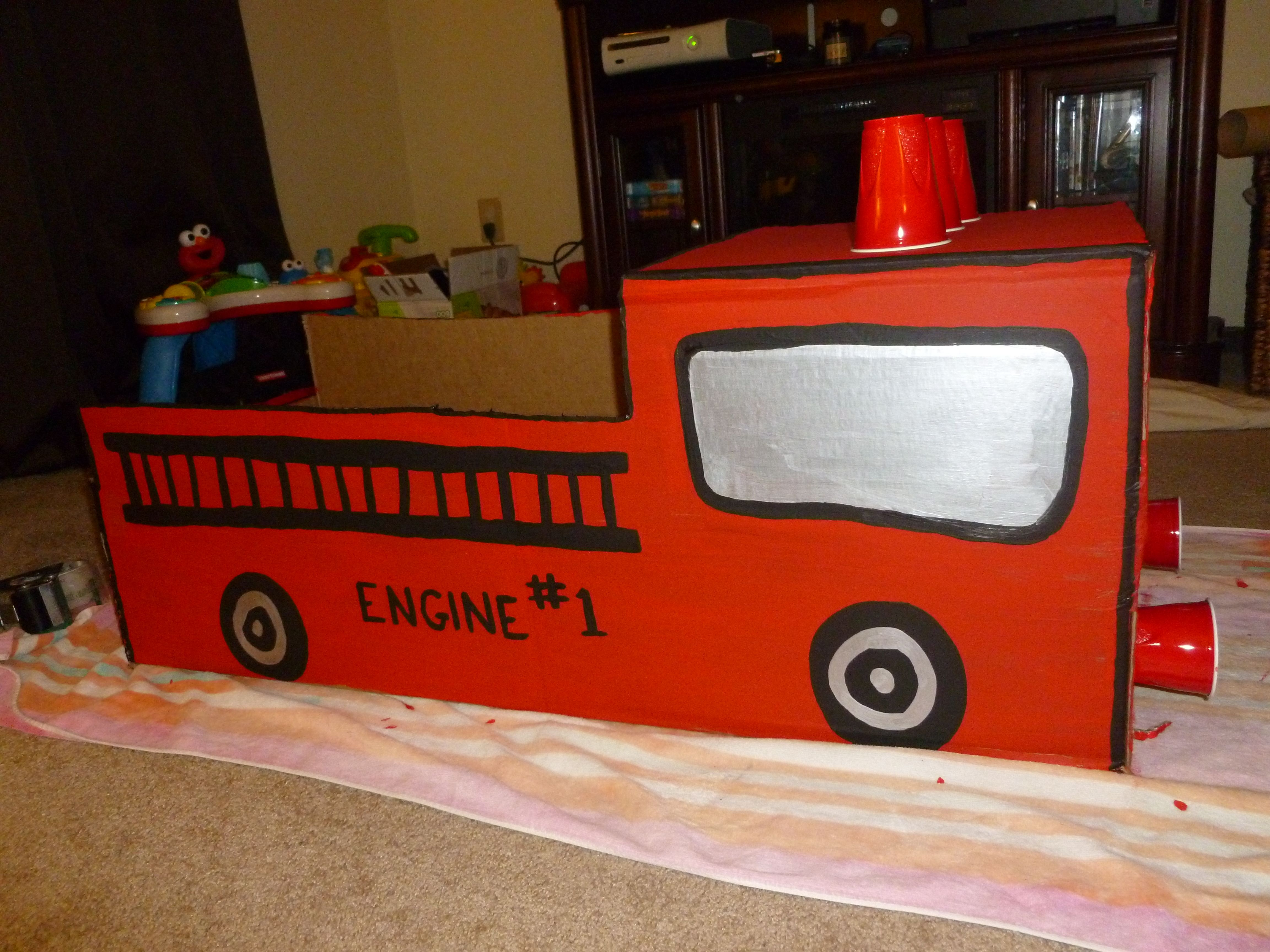 firetruck made out of cardboard box nana and ellie my baby boys prop box fun activities. Black Bedroom Furniture Sets. Home Design Ideas