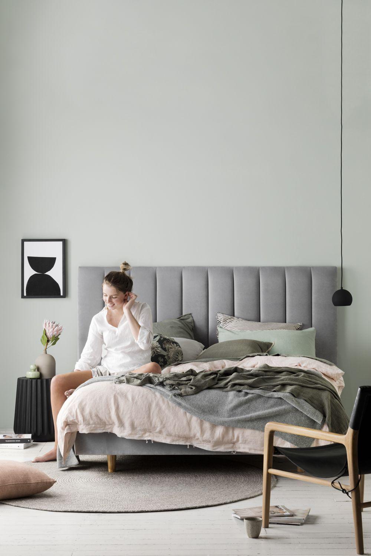 Floating Bed Base Heatherly Design in 2020 Floating