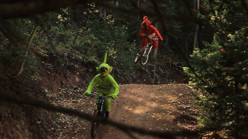 Teletubbies Pinning it at the Canyons Bike Park - GoPro Hero 3+ Silver review